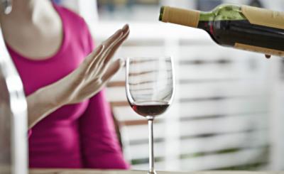 consumo de alcohol tomando antibioticos